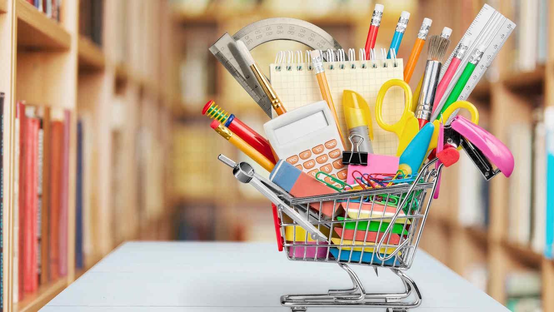Vuelve la feria de artículos escolares para ucabistas