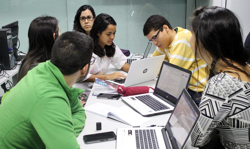Jóvenes universitarios podrán certificarse en Big Data
