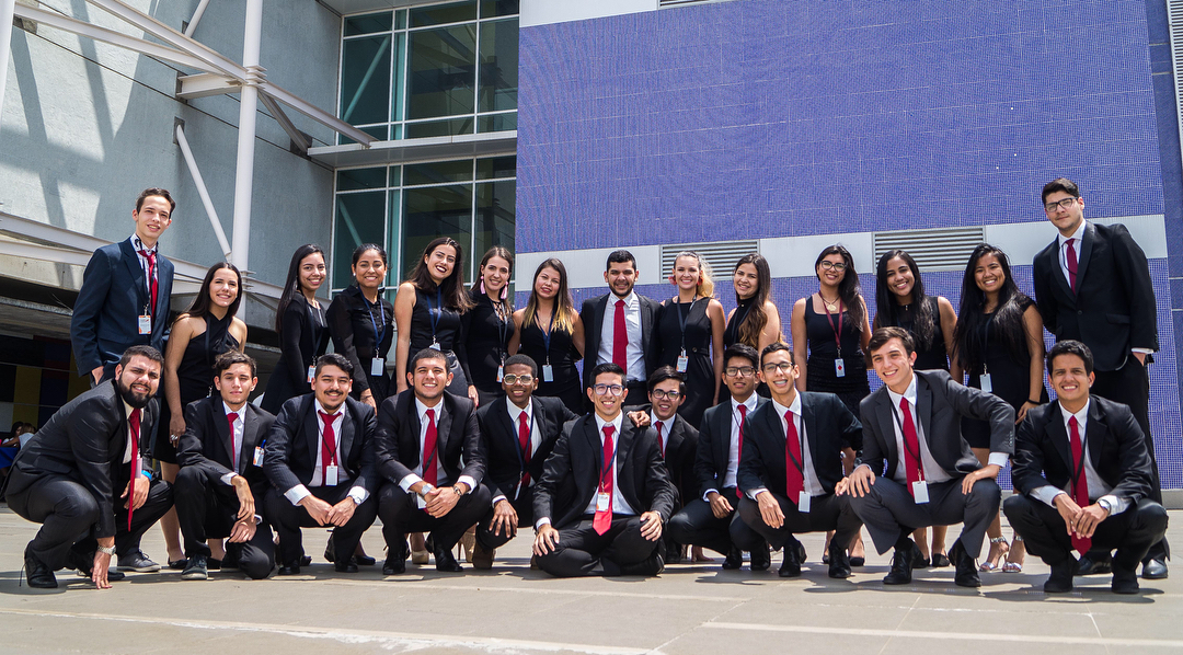 Estudiantes de Economía recaudan fondos para XXV Congreso de Actualidad Económica