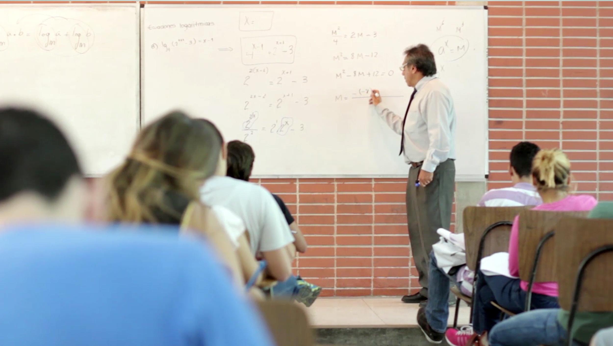 El CDLE invitó a los profesores ucabistas a incluir el inglés en sus clases