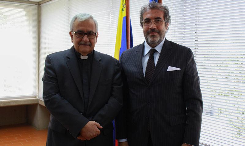 La UCAB firmó convenio de formación en idiomas con la Embajada de Italia