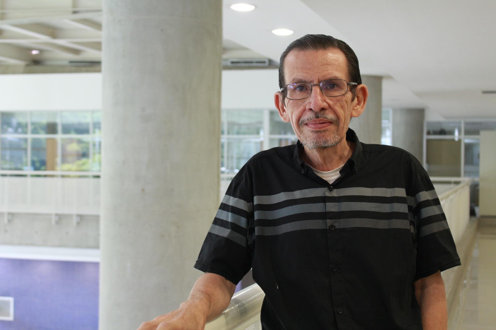 Profesor Carlos De Armas recibirá premio «Valentía Moral»