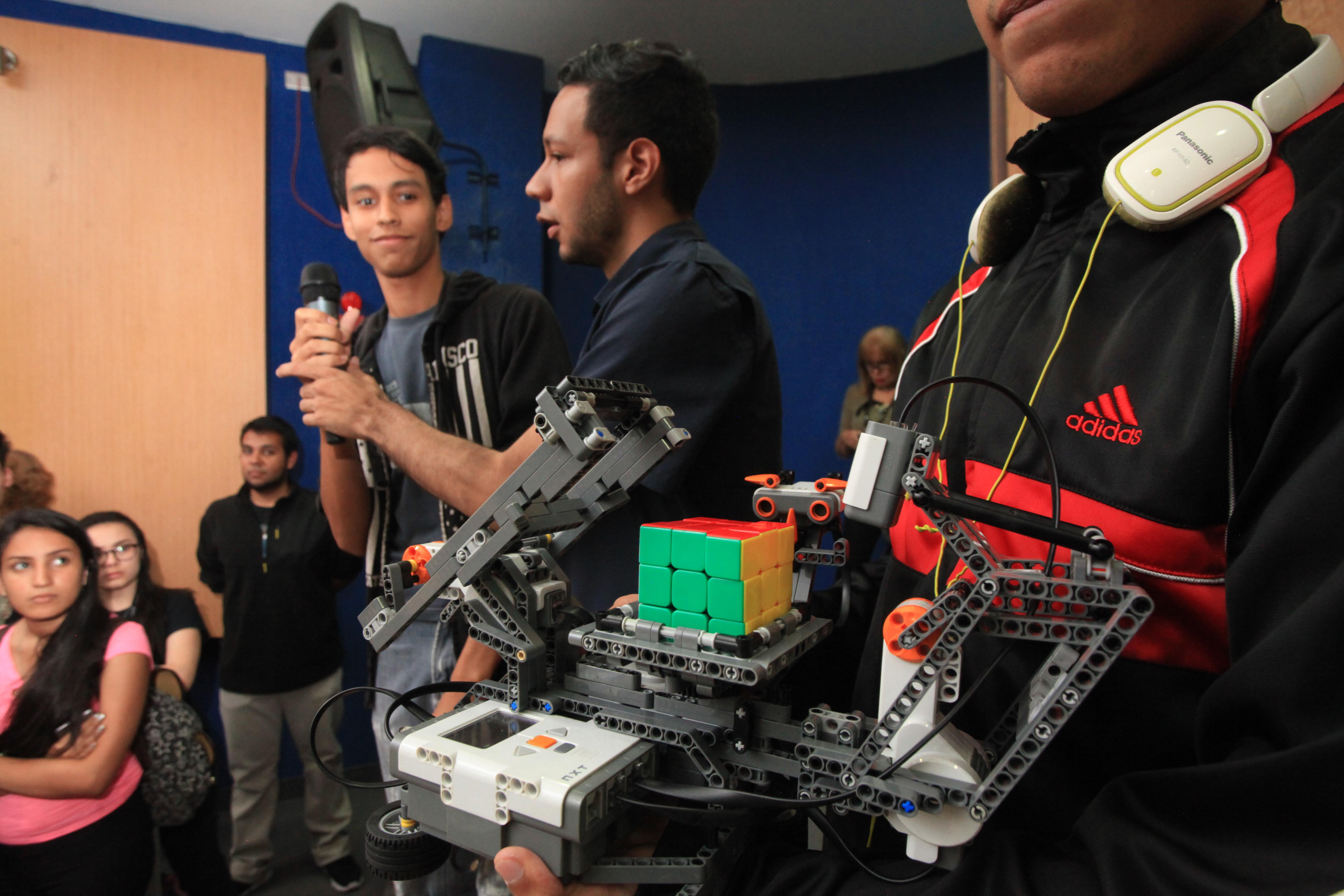 Tecnología e ingeniería se dieron la mano en la universidad