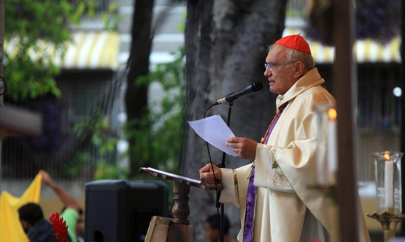 «No abandonemos la esperanza»: Cardenal Baltazar Porras pide vencer la resignación