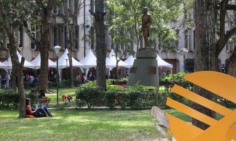 Con boxeo, cuentos y humor concluirá la Feria del Libro del Oeste de Caracas
