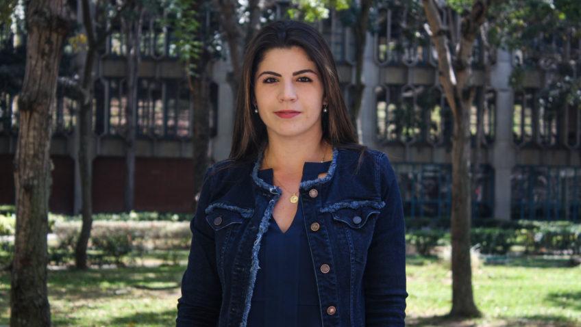 Génesis Oliva: Entre el Derecho y la Comunicación Social