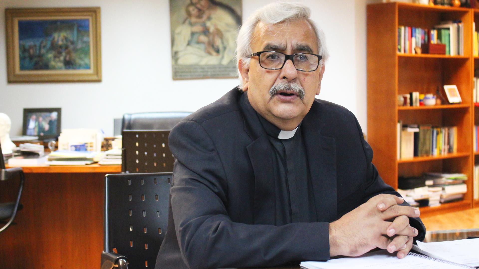 Rector Francisco Virtuoso llama a retomar el orden constitucional (Comunicado)