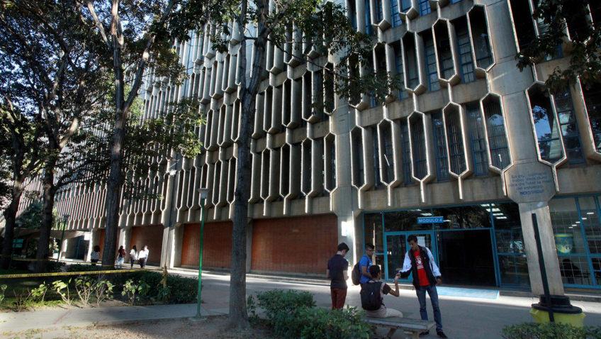 La UCAB reprogramó actividades por apagón (#Comunicado)