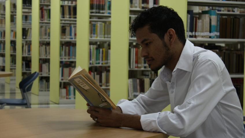 """ABediciones invita a los ucabistas a """"celebrar entre libros"""""""