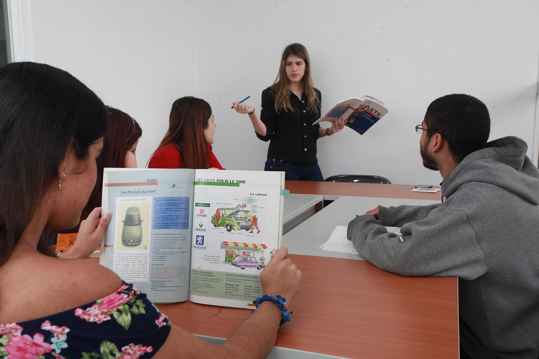 Abril y mayo están llenos de actividades para aprender idiomas en la UCAB