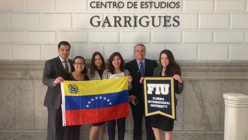 Delegación ucabista fue premiada en concurso de arbitraje en España