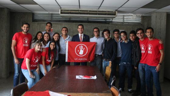 Juan Guaidó se reunió con los representantes estudiantiles de la UCAB