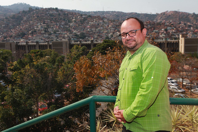 """Padre Rafael Garrido: """"La solidaridad de la clase popular contagió a la clase media"""""""