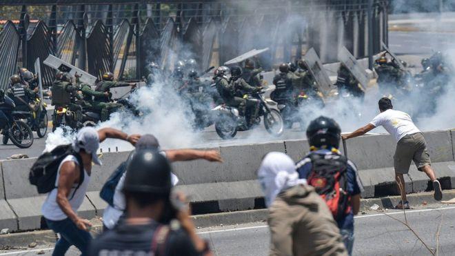 CDH UCAB condenó violencia y represión durante manifestaciones del 1° de mayo