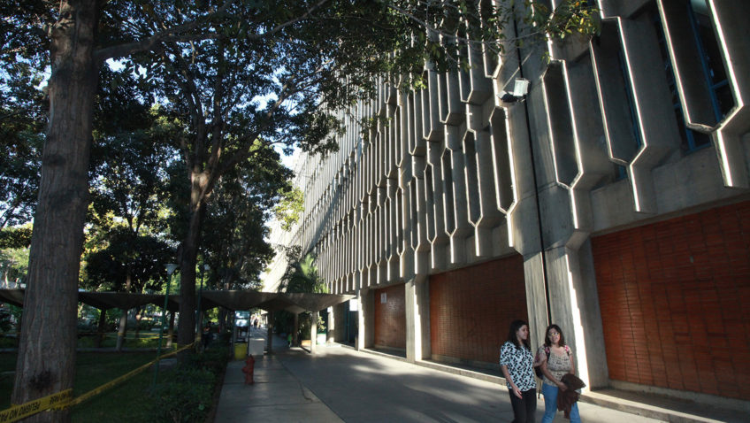 Universidades jesuitas de España se solidarizan con la UCAB y el pueblo venezolano