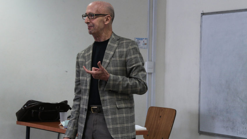 Profesores que inspiran: Isaías Medina Felizola