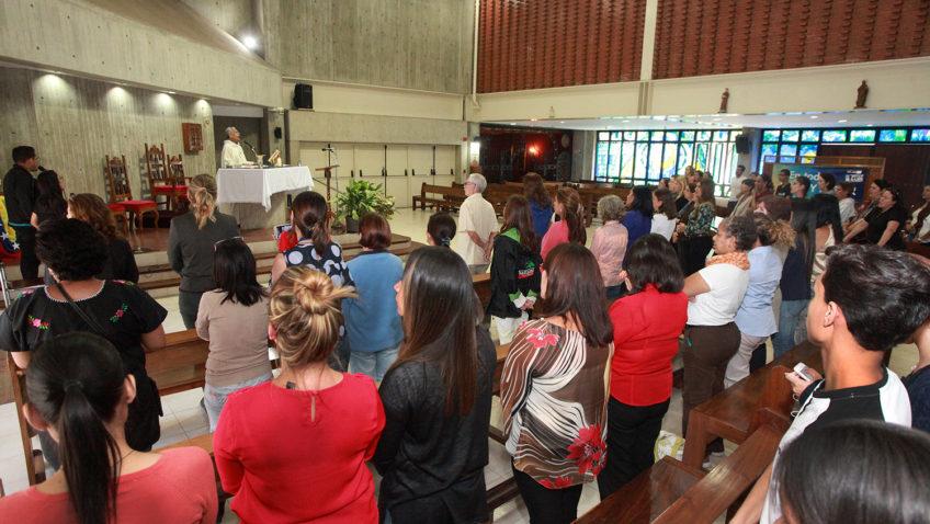 La UCAB celebró a las madres en su día