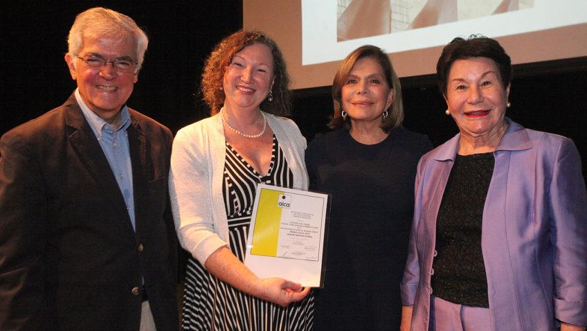 Centro Cultural de la UCAB dedicó premio institucional a los creadores venezolanos