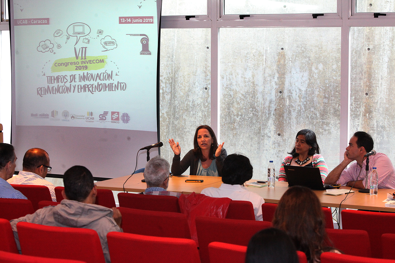 Periodistas conversaron en la UCAB sobre innovación en los medios de comunicación