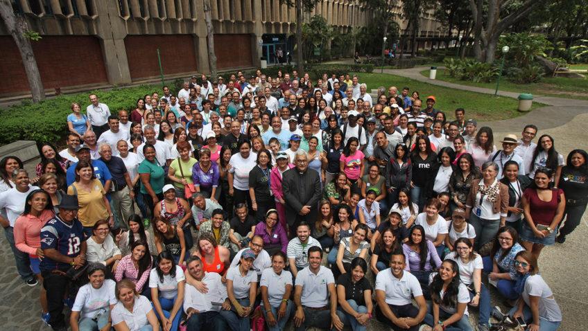 """Así se celebró la tercera edición de """"Somos UCAB"""" en Caracas"""