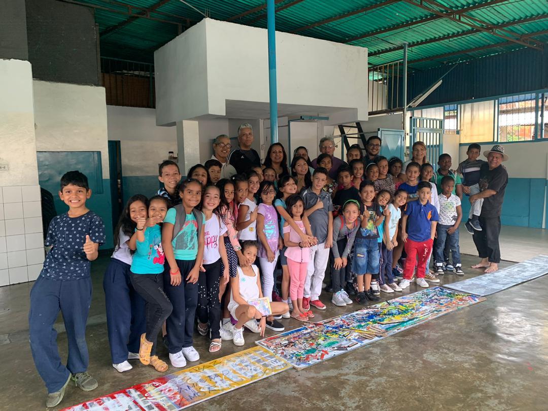 Toma cultural UCAB enalteció en Carapita los valores de la paz y la amistad