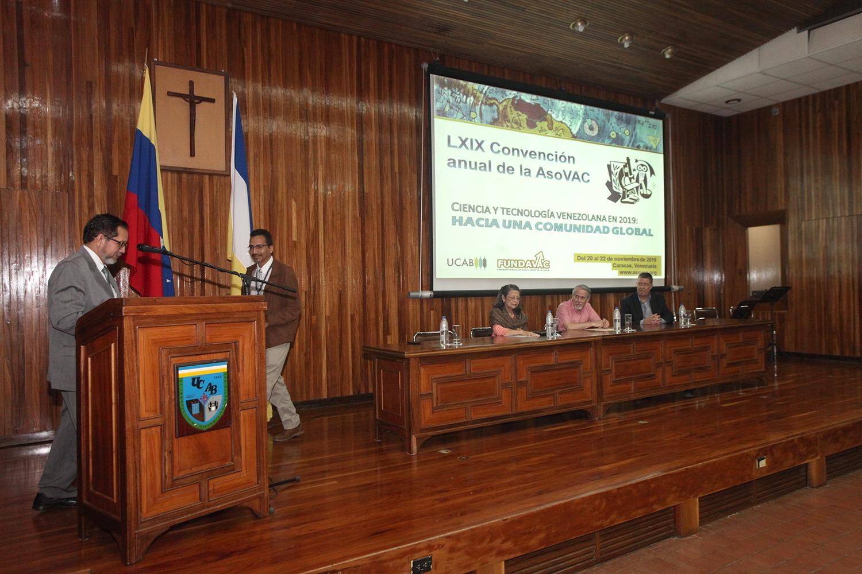 Sociedad científica nacional presentó en la UCAB más de 70 proyectos en su convención anual