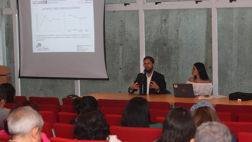 La UCAB presentó 17 investigaciones para Reto País