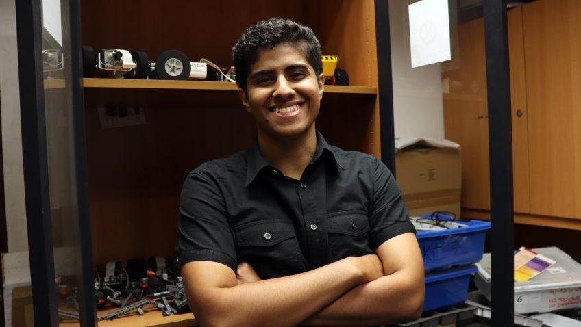 Gabriel Terán: un futuro ingeniero involucrado con el desarrollo