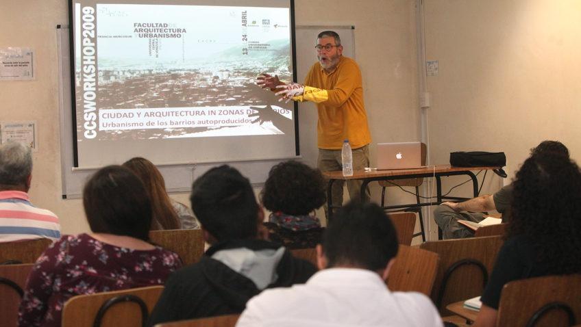 Arquitectos franceses dictaron clase magistral sobre intervenciones urbanas en sectores populares