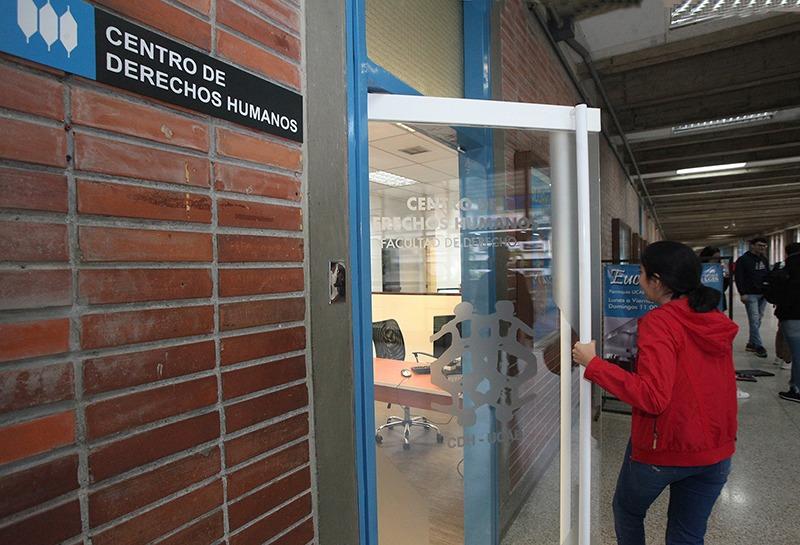 CDH UCAB alertó sobre violaciones a derechos de venezolanos deportados de Colombia