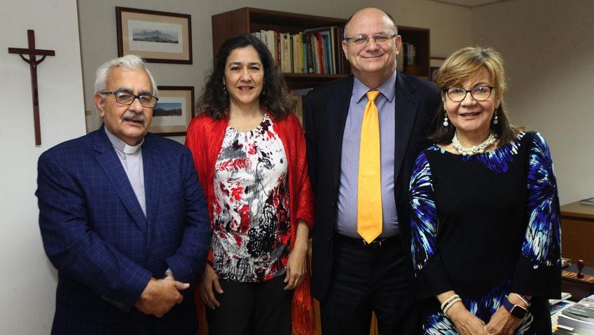Fundación Mercantil realizó nueva donación al programa de becas de la UCAB