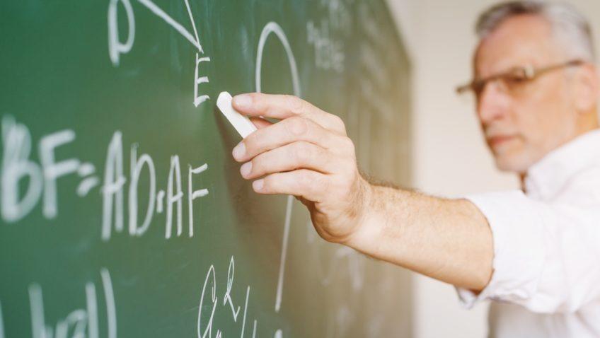 La UCAB ofrecerá EduMat 2020, charla virtual en vivo para docentes de matemáticas