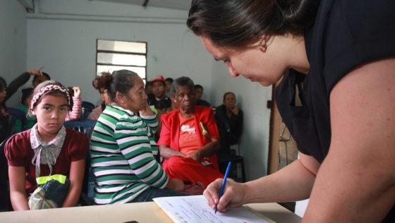 Alianza UCAB-ACNUR brindará asistencia a 5.000 habitantes de Antímano, La Vega y El Junquito