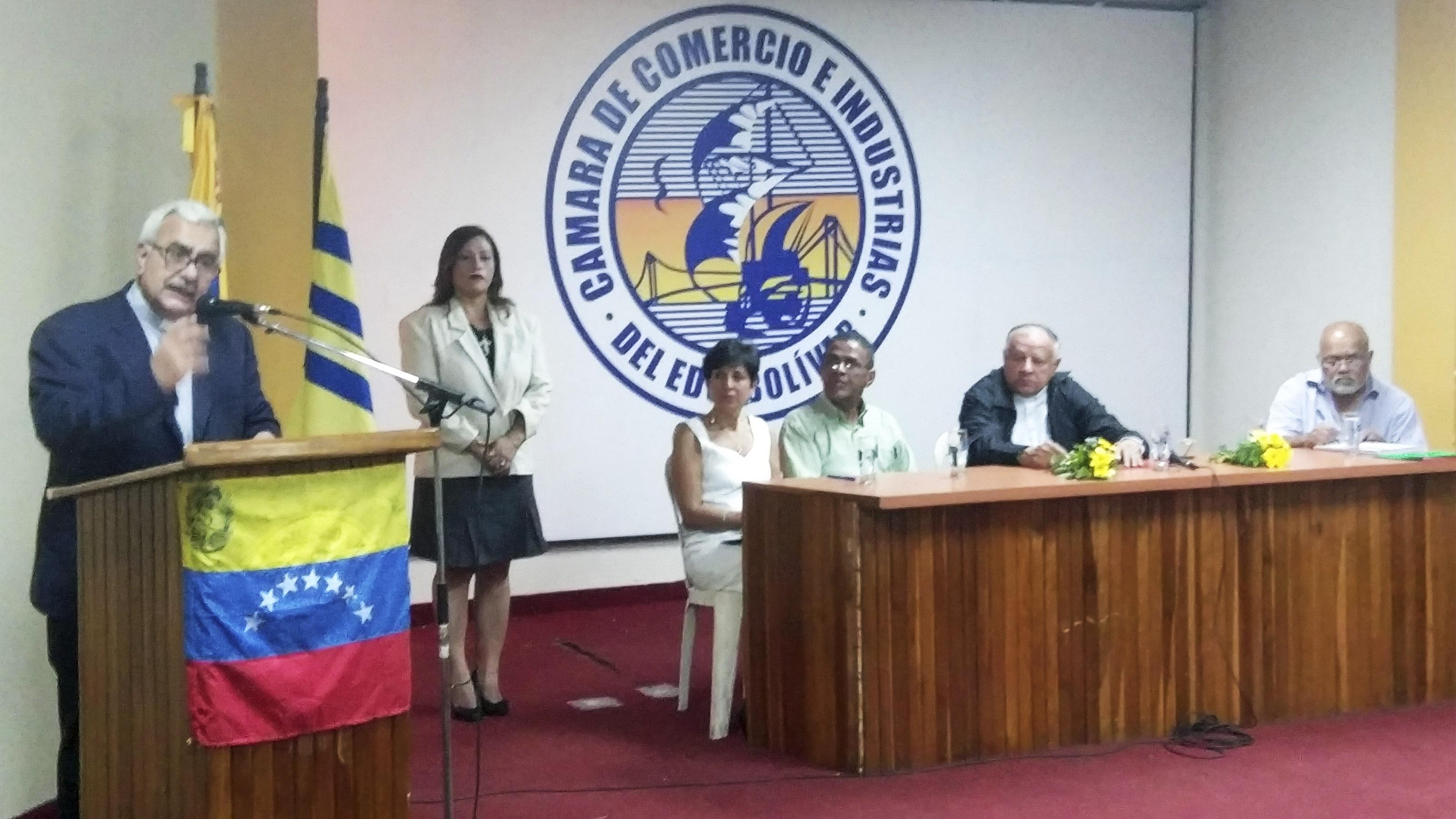 "Virtuoso: ""Pobreza multidimensional del venezolano debe impulsar el cambio"""