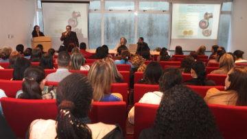 Maestros de comunidades aledañas a la UCAB recibieron herramientas emocionales para manejar la crisis