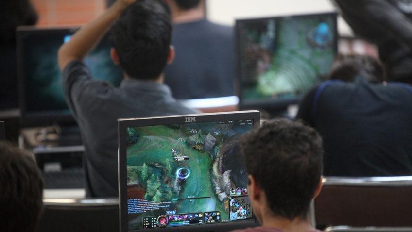 Los «E-Sports» se abren camino entre los ucabistas
