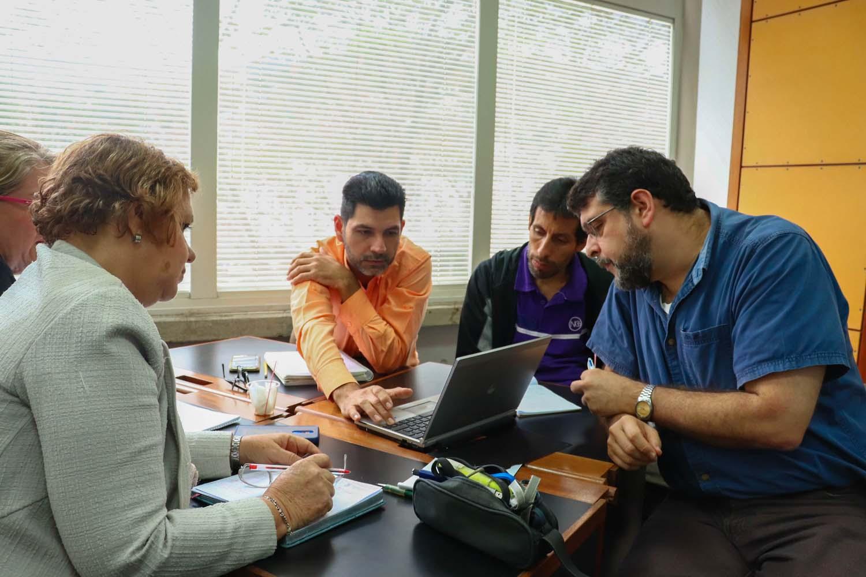 Más de 20 profesores discutieron «estrategias de aprendizaje acelerado»