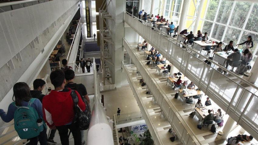 La Biblioteca Central UCAB activó sistema de consulta vía Whatsapp