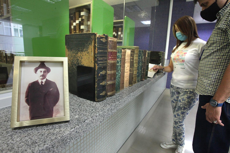 Biblioteca de la UCAB expone 20 volúmenes con los que José Gregorio Hernández estudió en París
