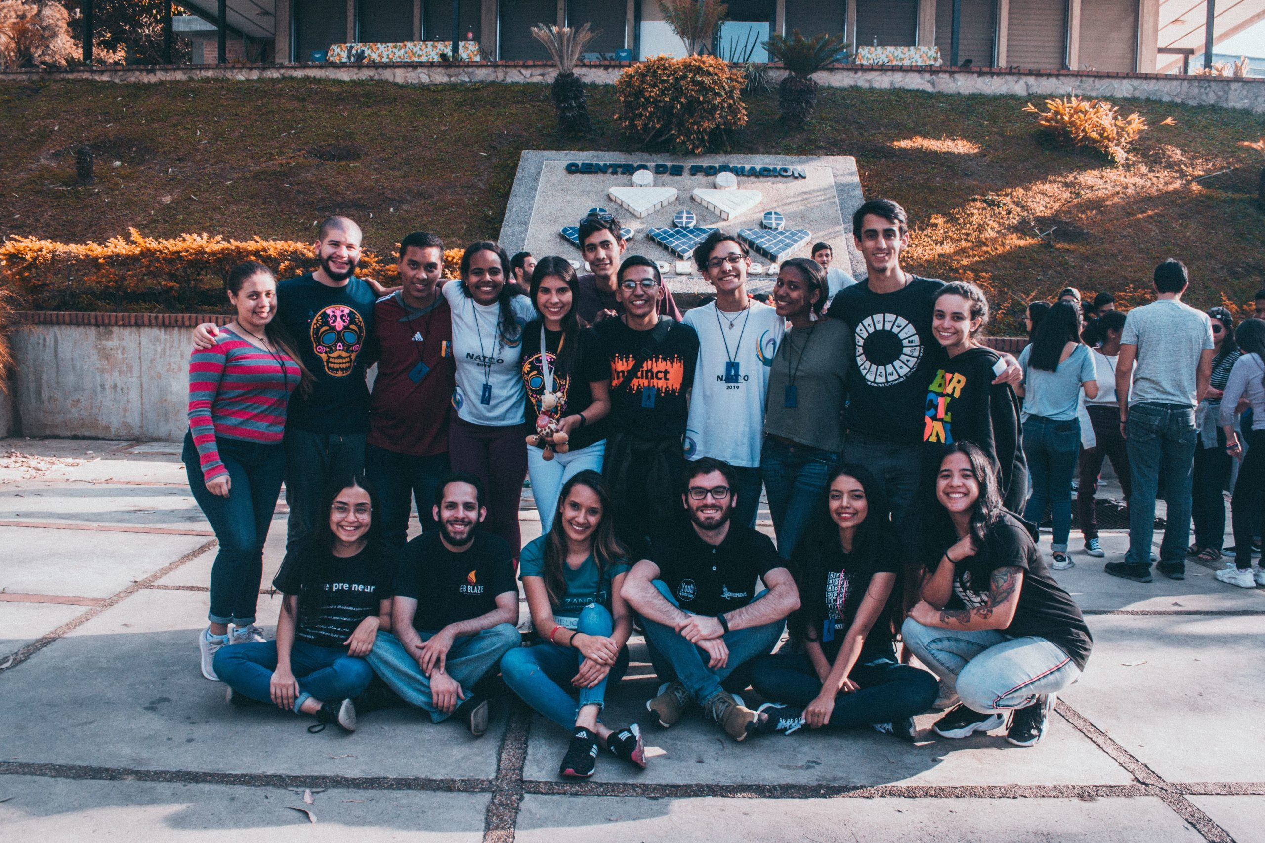 AIESEC UCAB convoca a estudiantes a participar en sus programas internacionales de liderazgo