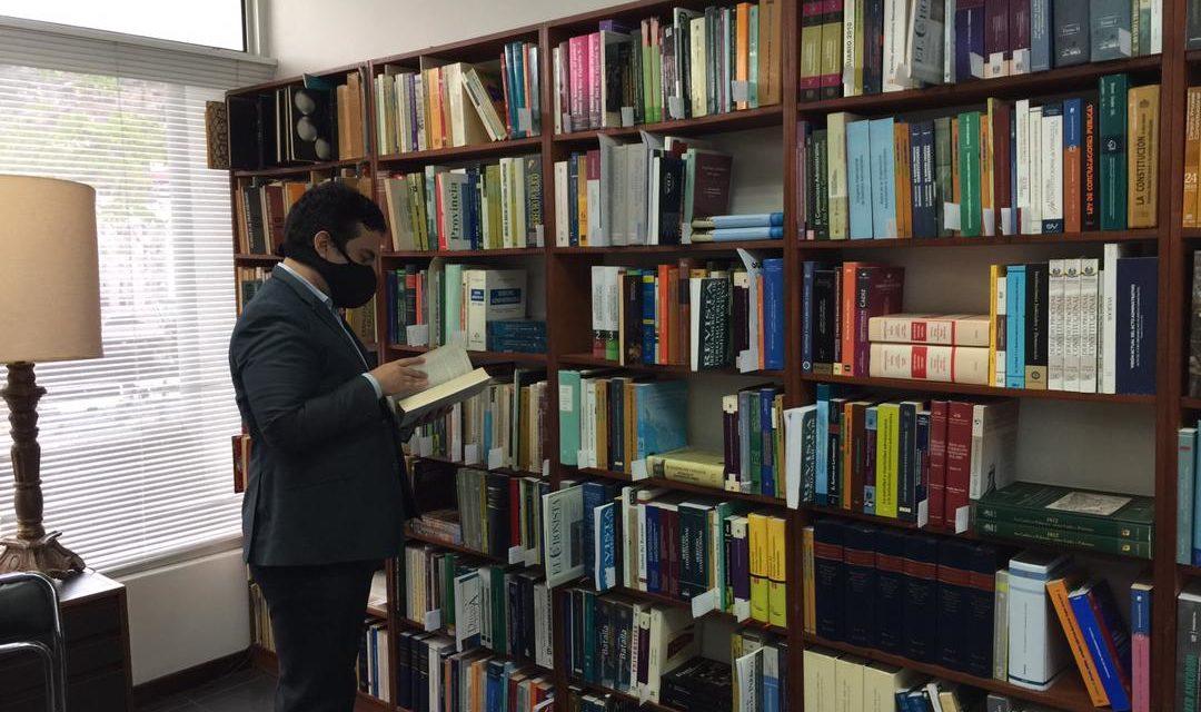 La UCAB inauguró biblioteca jurídica en honor a Allan Brewer Carías